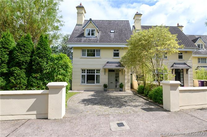 Main image for 37 Dewberry, Mount Oval Village, Rochestown