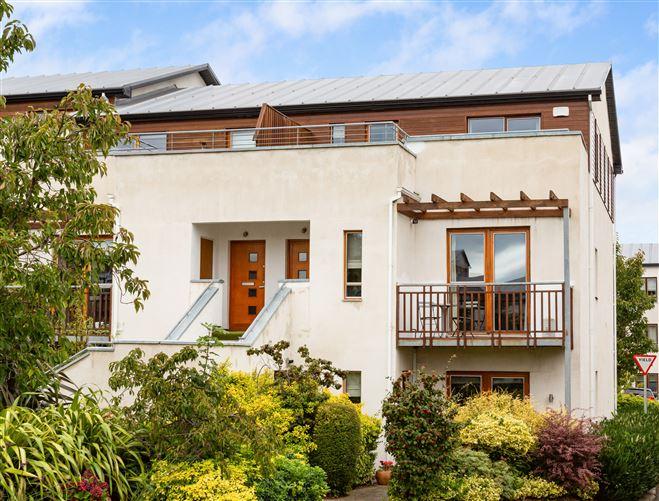 Main image for Duplex Apartment, 4 Brennanstown Square, Cabinteely, Dublin 18, D18EP44