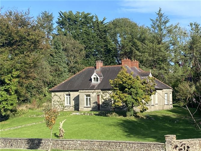Main image for The Bungalow,Cahir Road,Cashel,Co. Tipperary,E25 K243