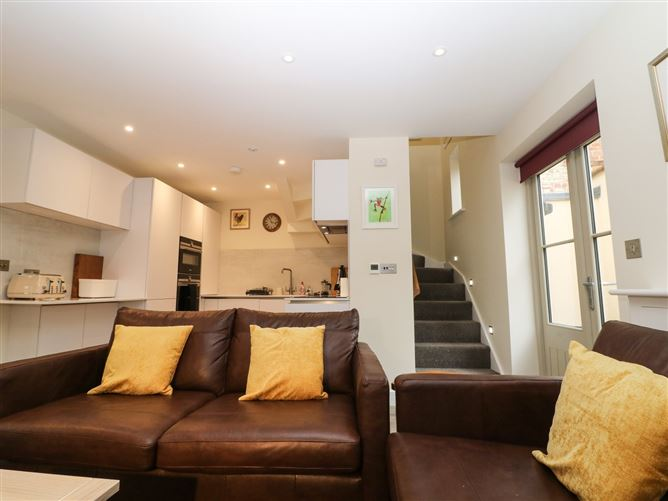 Main image for 4 Loveday Mews,Cirencester, Gloucestershire, United Kingdom