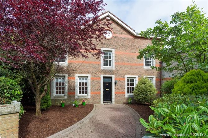23 Arkle Square, The Chase, Leopardstown, Dublin 18