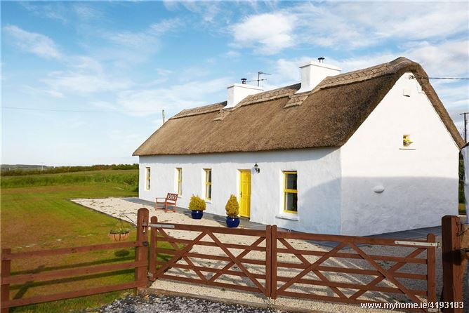 Thatch Cottage, Tullagower, Cooraclare, Kilrush, Co Clare
