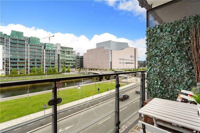 Main image for 125 Scarriff House,Custom House Square,IFSC,Dublin 1,D01 K267