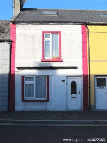 49 Upper Sarsfield Street, Nenagh, Co. Tipperary, E45 V597