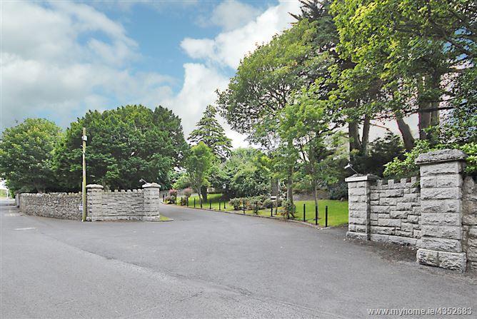 Main image for 12 Craiglands, Ardeevin Road, Dalkey, County Dublin