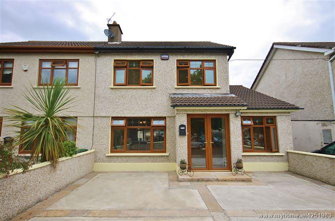 11 Glenfield Grove, Clondalkin,   Dublin 22