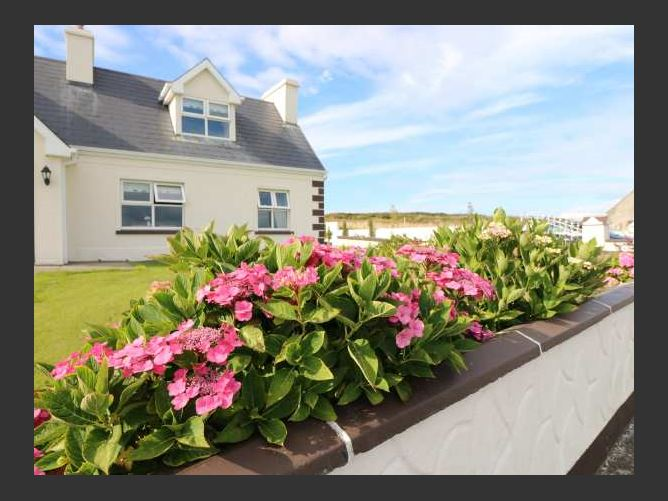 Main image for Breen's Cottage No 2, DOONBEG, COUNTY CLARE, Rep. of Ireland