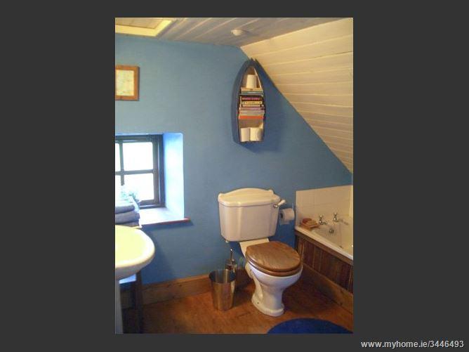 Main image for Clooncorraun Cottage,Clooncorraun Cottage, Cuslough, Ballinrobe, County Mayo, Ireland