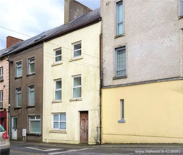 22 Bridge Street, Carrick On Suir, Co. Tipperary