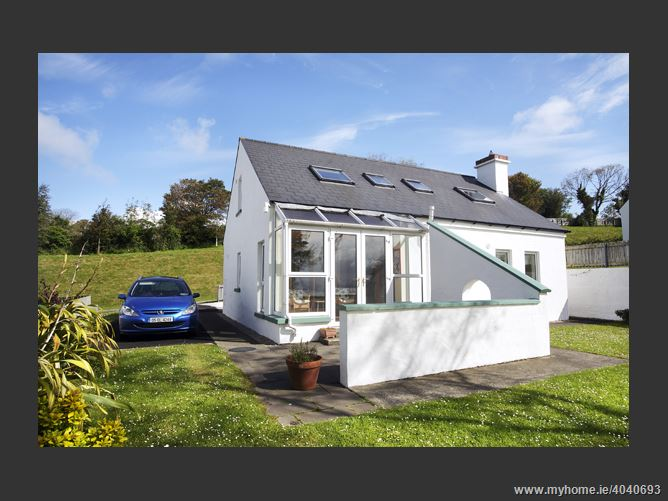 3 Harbour Heights, Portsalon, Donegal