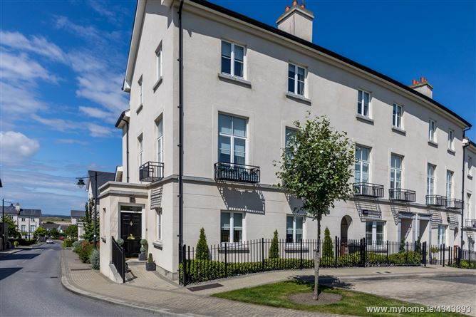 36 The Crescent, Robswall, Malahide, County Dublin