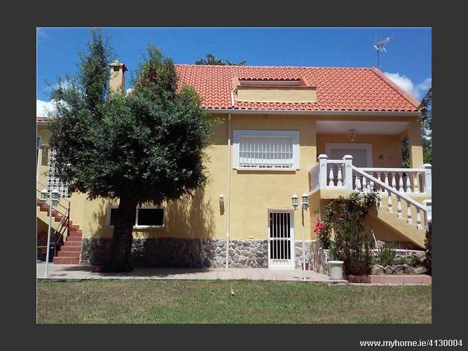 Calle DOS HERMANAS, 28440, Guadarrama, Spain