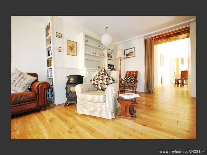 Main image for WRITERS LODGE location, location, location ! ,Dingle, Kerry