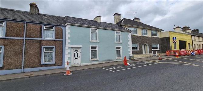 Main image for 7 Leitrim Road, Carrick-on-Shannon, Co. Leitrim