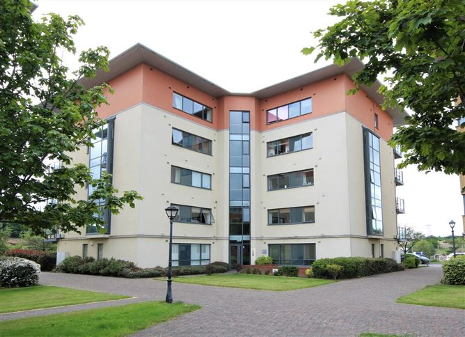 Main image for Apt, 32 West Courtyard, Tullyvale, Cabinteely, Dublin 18