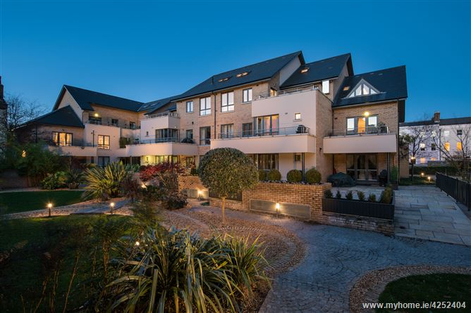 Main image for 15 Embassy Court, Ballsbridge, Dublin 4