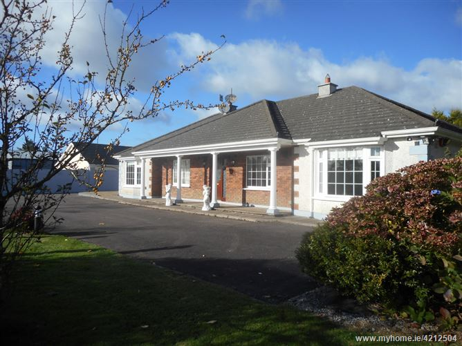 Main image for Cloverhill House, Riverstick,Coolcarron,  Cork, P43 V051, Ireland