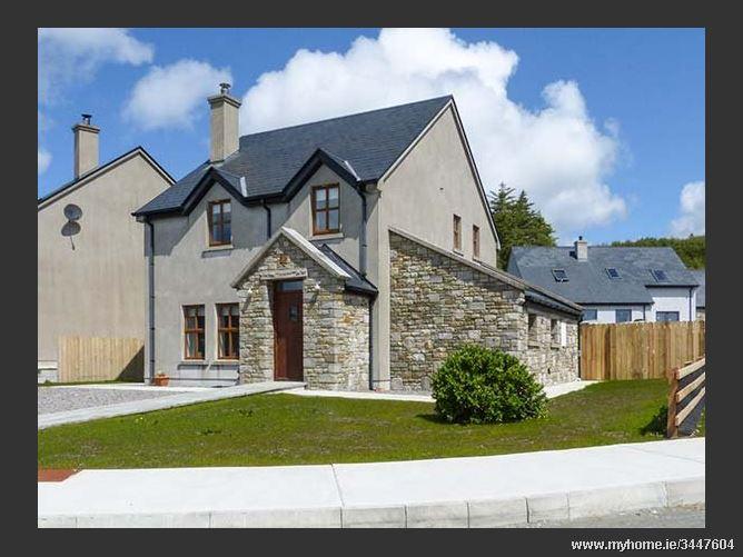 Bencorr,Bencorr, 7 Radharc na Mbeanna, Tullycross, Renvylle, County Galway, Ireland