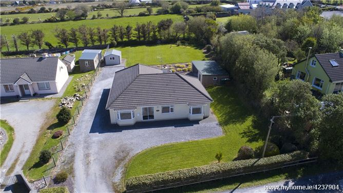 Bayview, Curraheen, Tralee, Co.Kerry, V92 V5XT
