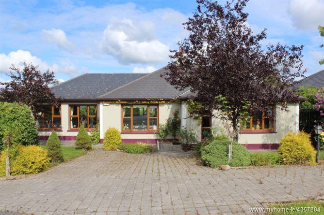 Main image for 8 Shannon Haven, Dromod, Leitrim