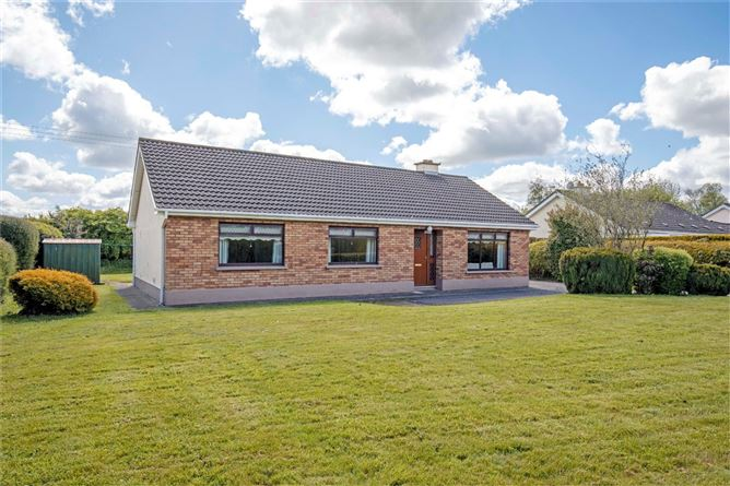 Main image for 1 Castle Avenue, Athboy, Co Meath