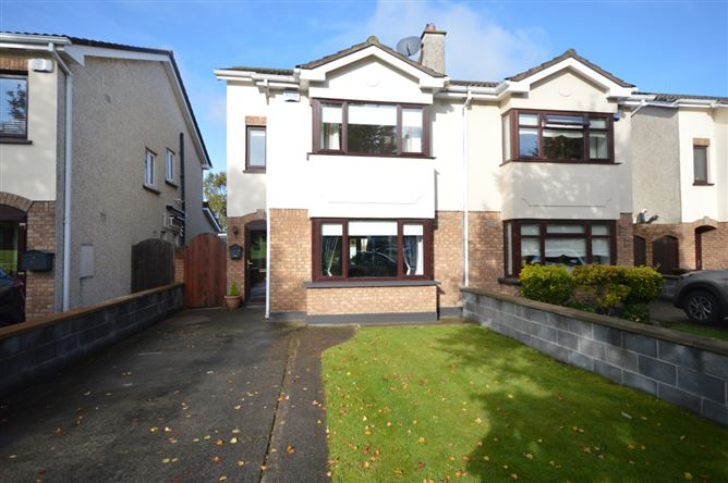 Main image for 14 Colthurst Crescent, Lucan, Dublin
