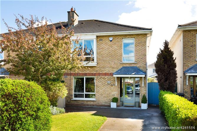 6 Riverwood Close, Castleknock, Dublin 15, D15 E6P2