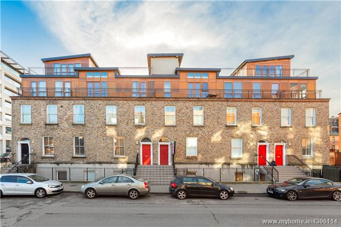 2 Hogan Square, Hogan Place, Grand Canal Street, Dublin 2