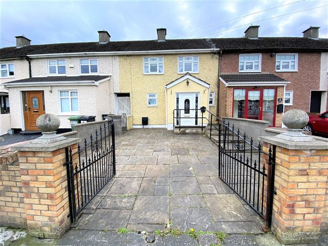 Main image for 33 McKelvey Avenue, Finglas, Dublin 11