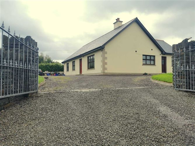 Main image for Laharan West, Ballylickey, Bantry, Co. Cork