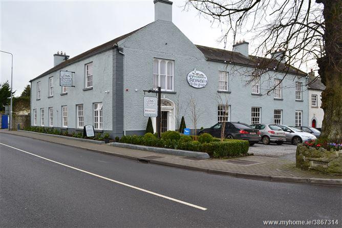 The Village Inn, Tyrrellspass, Westmeath