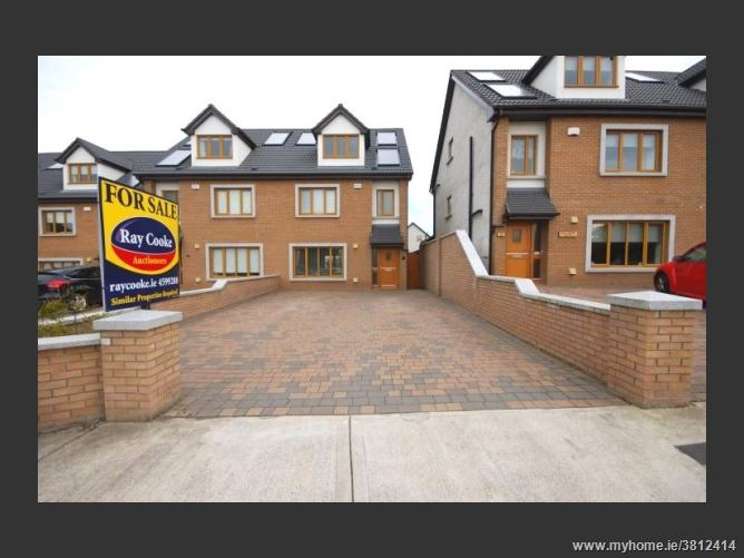 3 Broadfield Lawns, Rathcoole, Dublin