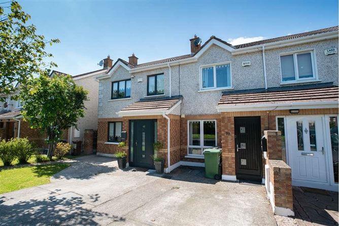 Main image for 33 Manorfields Rise, Hartstown, Clonee, Dublin 15