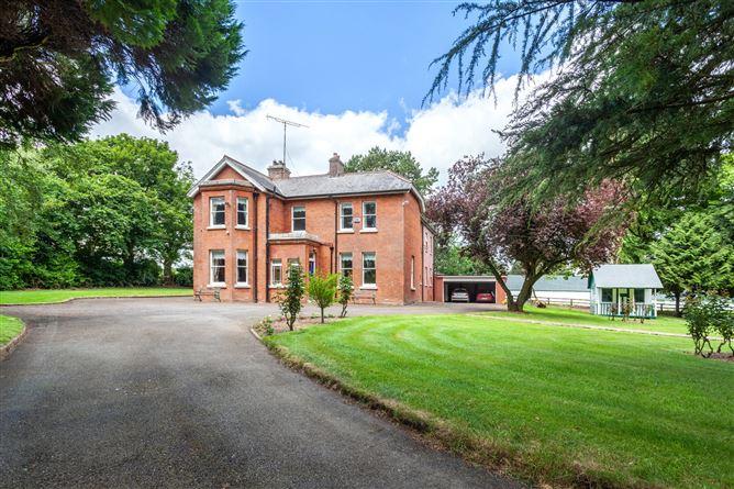 Main image for Pollardstown House  & Stud,Pollardstown,The Curragh,Co. Kildare,R56 Y658