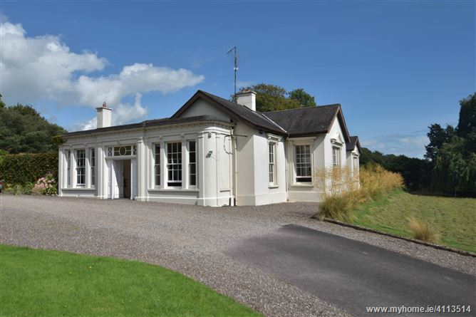 Dunsland House, Kilcoolishal, Glanmire, Cork