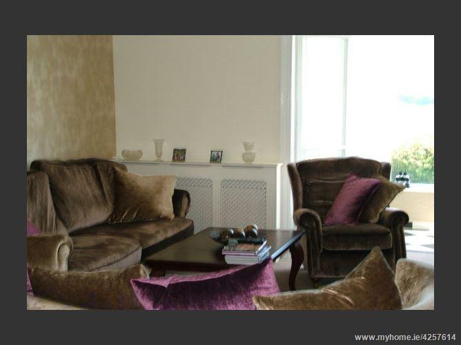 Main image for Luxury Kilkee Heights ,W End, Kilkee Upper, Kilkee,  Clare, Ireland