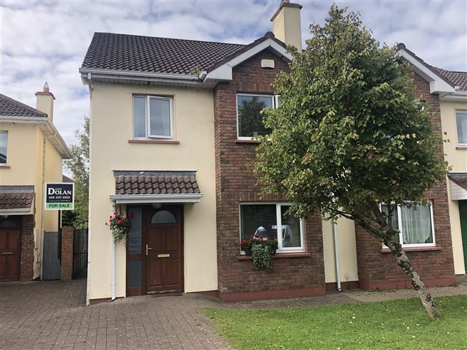 46 An Mhainistir, Claregalway, Galway