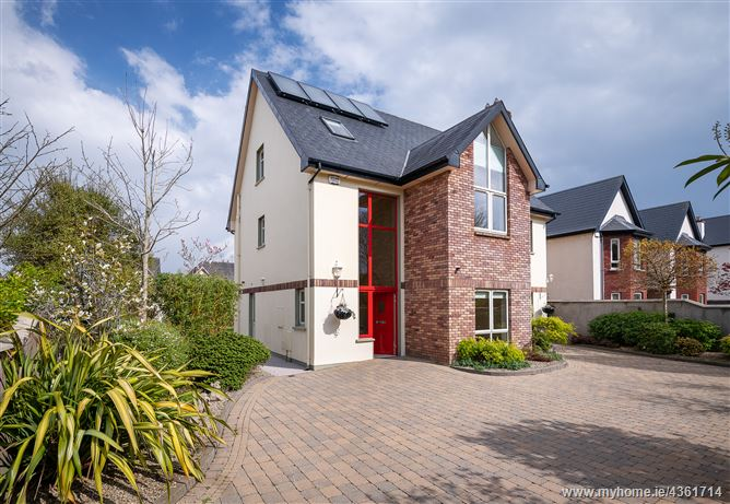 Main image for 8 Chestnut Crescent, Carrigtwohill, Cork