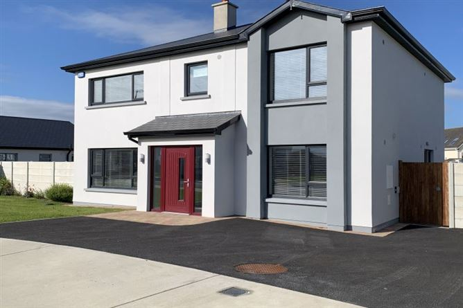 Main image for Fully-Furnished Showhouse, 9 Rushbrook, Rosslare Strand, Wexford
