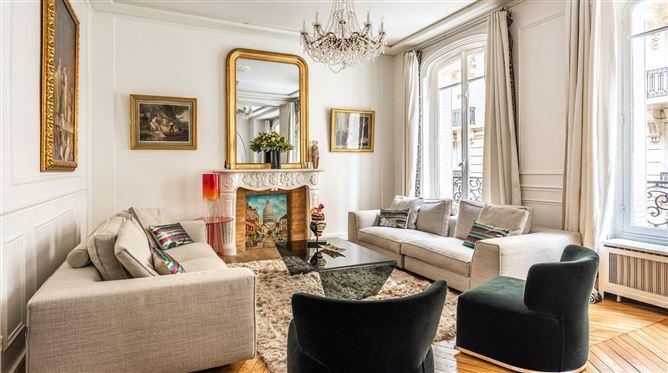 Main image for Gold & Chandeliers,Paris,Île-de-France,France