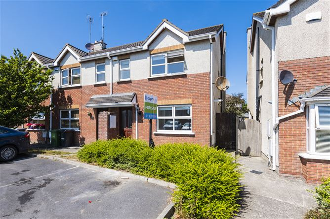 Main image for 11 Thornchase, Rush, County Dublin