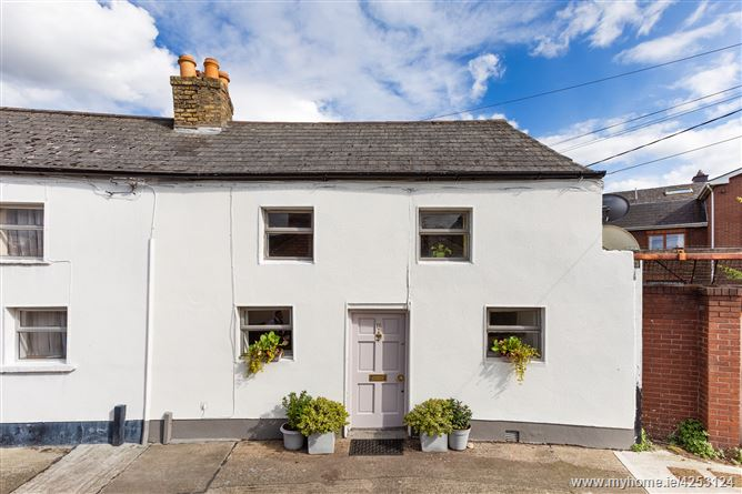 Main image for 16 Castlewood Terrace, Rathmines,   Dublin 6