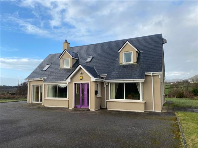 Ref 915 - Dormer Residence, Laharan South, Caherciveen, Kerry