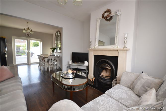 Main image for 15 Kennelsfort Road, Palmerstown,   Dublin 20