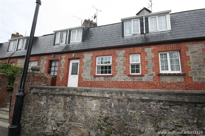 Main image of 5 Mill St., Pettigo, Donegal
