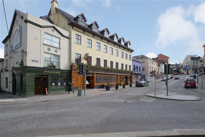 Main image for Apt 2 The Residence Sober Lane, Sullivans Quay, South Gate Bri, South Gate Bridge, Co. Cork