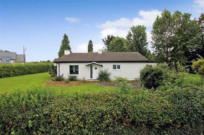 Main image for Fiddlers Cottage, Terryglass, Co. Tipperary