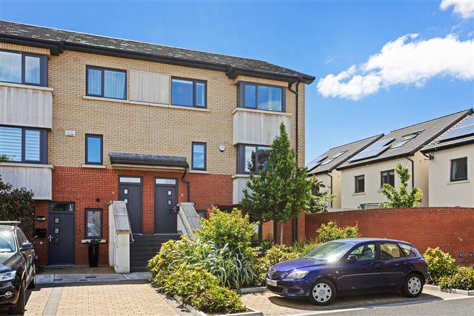 Main image for 2 Hawthorn Grove, Bird Avenue, Clonskeagh, Dublin 14, D14K2K0