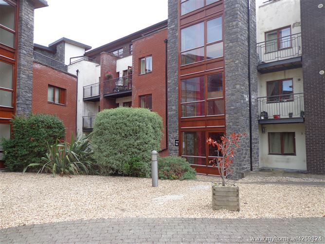 22 St. Canices Square, Finglas,   Dublin 11