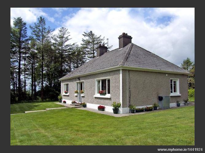 Gortna Gloss Family Cottage,Gortna Gloss, Templeglantine, County Limerick, Ireland